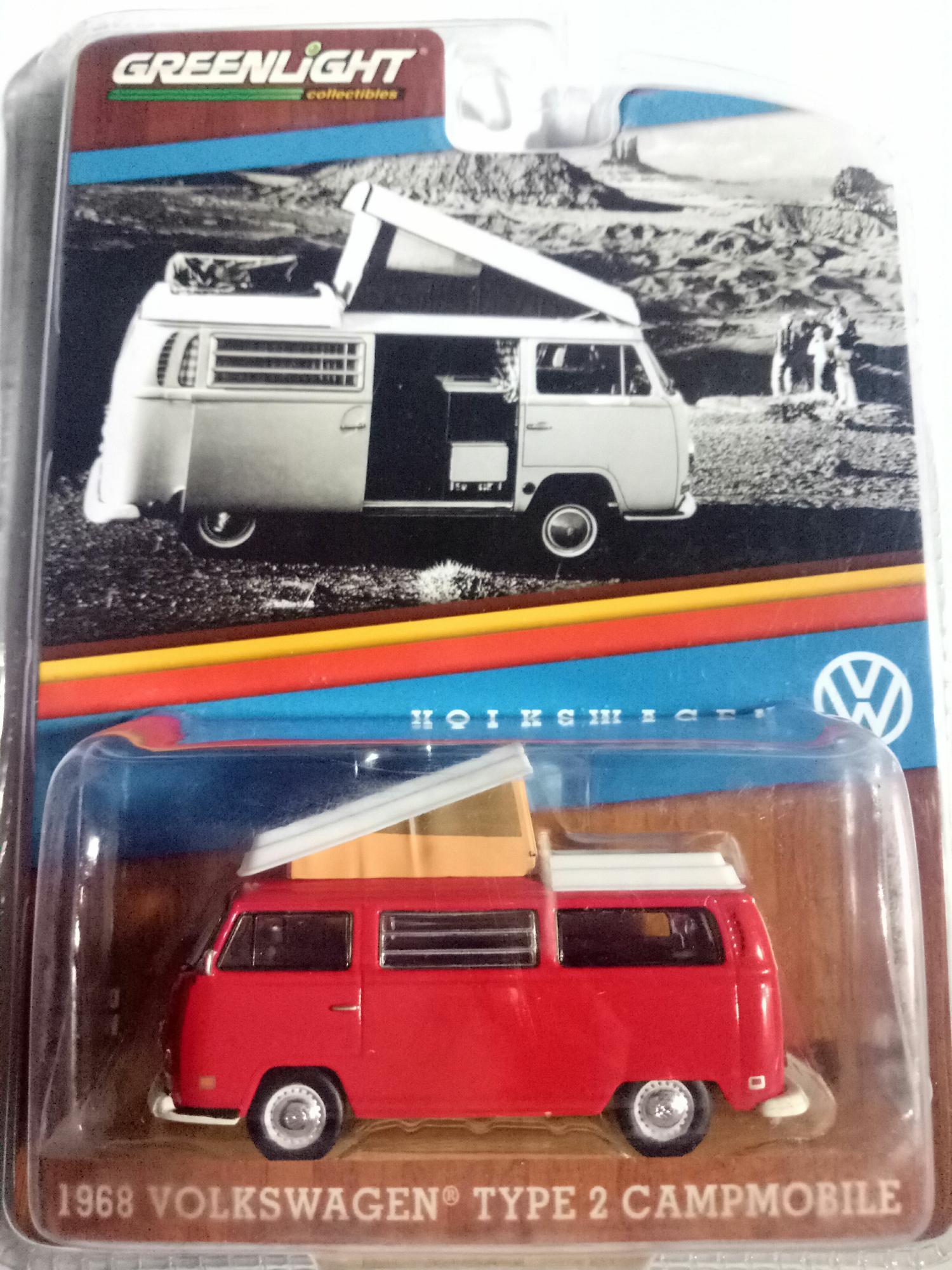 Diecast Greenlight 1968 Volkswagen Type 2 Campmobile Merah