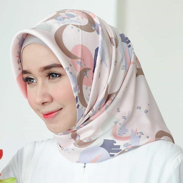 Style in Style Hijab Maxmara Twilight - Hijab kekinian Hijab segiempat hijab jaman sekarang  Kerudu