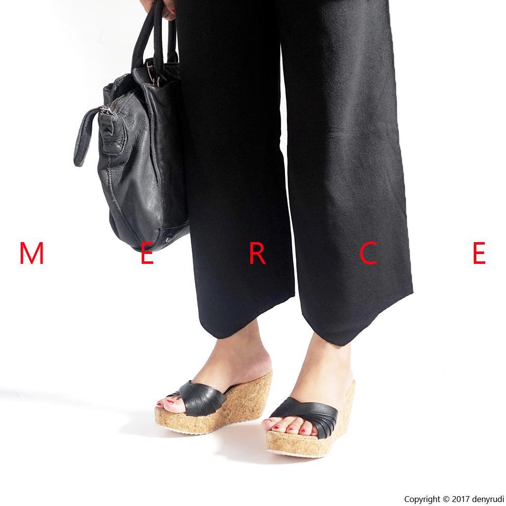 Merce - Sepatu Sandal Wanita MORGAN Wedges - Krem Hitam 6552432e00