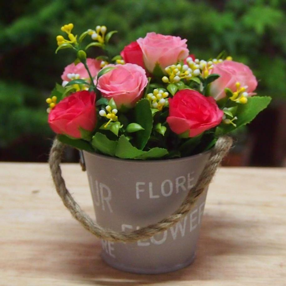 Bunga Pajangan - Bunga Hias Plastik - Bunga Rose -Tanaman artifisial Pot  Ember FVL823088 e86d64907a