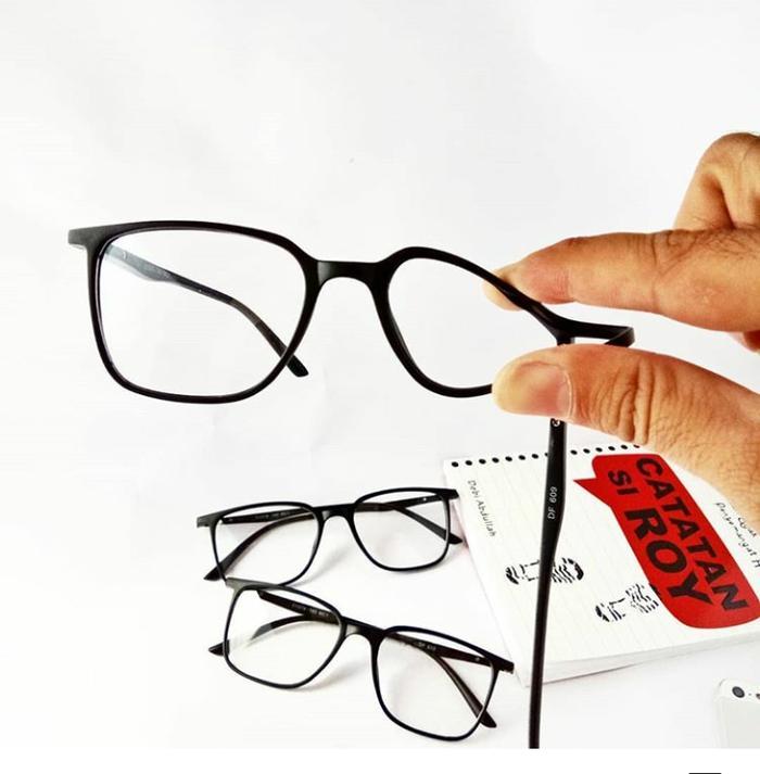 Harga Promo Frame Kacamata Kotak Anti Patah Harga Rp 63.000 30488a06f7
