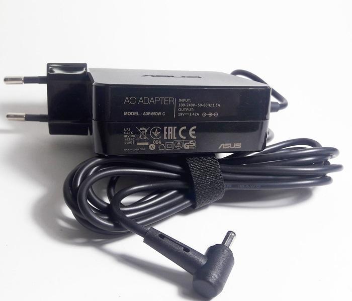Charger Adaptor Laptop Asus Zenbook UX32V, A556U, A456U, UX3400U