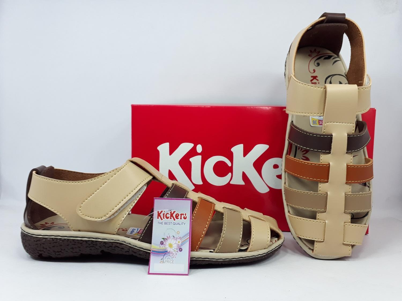 Sepatu Sandal kickers Wanita Kode A.125