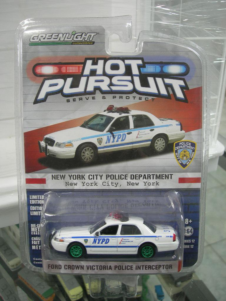 Gansatoy greenlight 1:64 20165 ford crowen victoria police interceptor white gnz 749