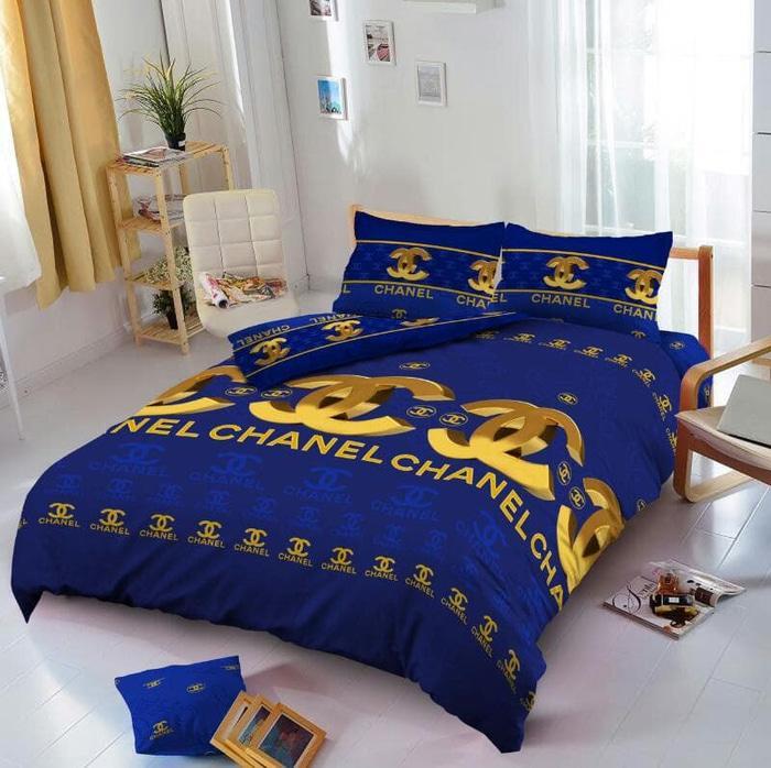 Bedcover D'luxe Kintakun ukuran 160 x 200 - Chanel