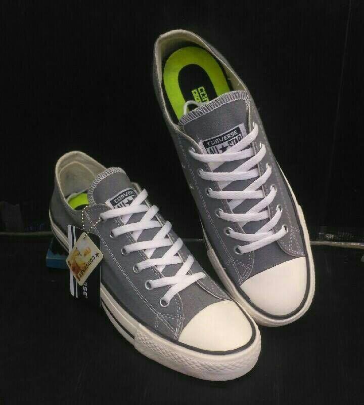 Sepatu futsall boot AC (BISA BAYAR DI TEMPAT). Source · ANDRES SHOES All  Star unisex Canvas Sneakers - Conv.erse -  SUPER PREMIUM e3a26d6071