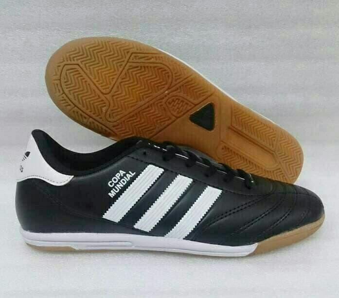 Sepatu Futsal Adidas Copa Mundial - Hitam, 39