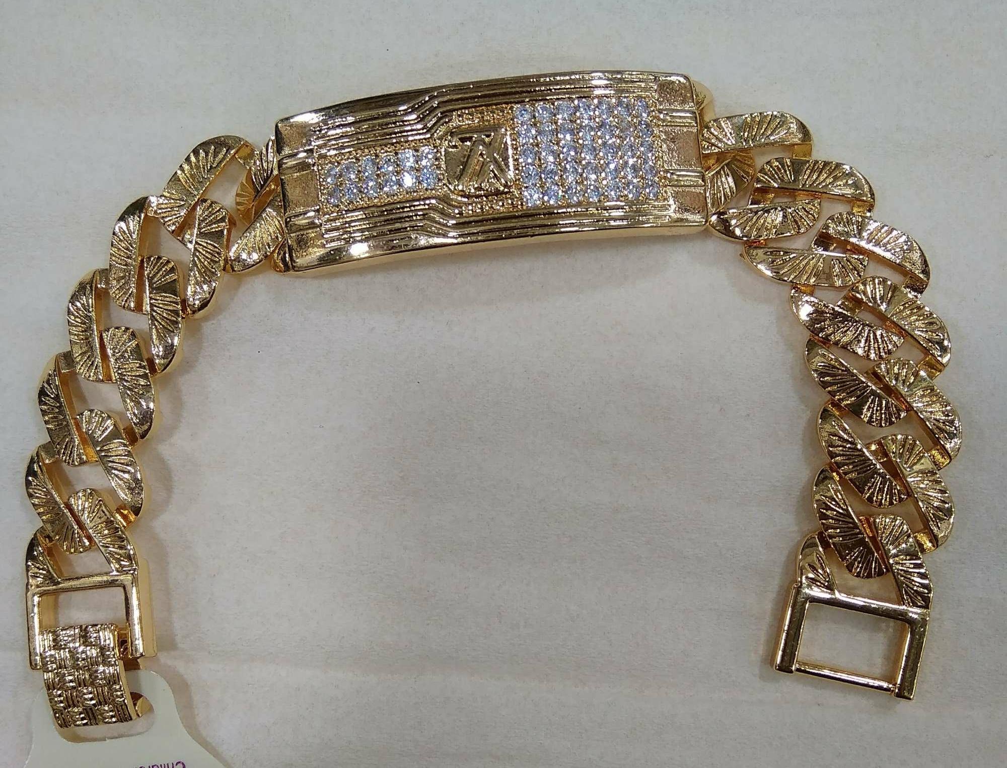 Gelang Xuping Perhiasan Wanita Motif LV tengah-Xuping Gold