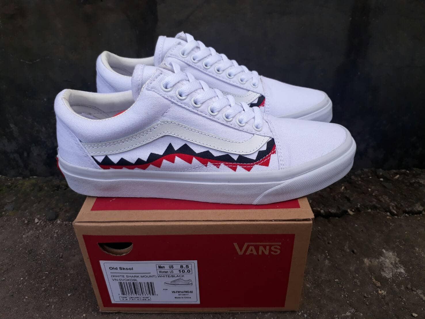 Daftar Harga Vans Old Skool Murah Sepatu Promo White Shark Mount Fashion