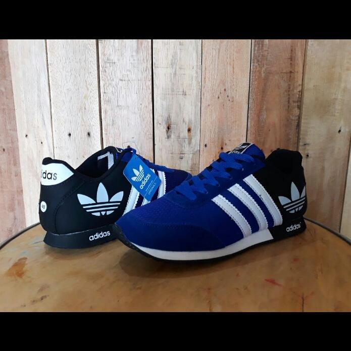 Promo Sepatu Casual Sport Adidas V Racer Import (Sepatu Olahraga, Sepatu Kerja, Sepatu