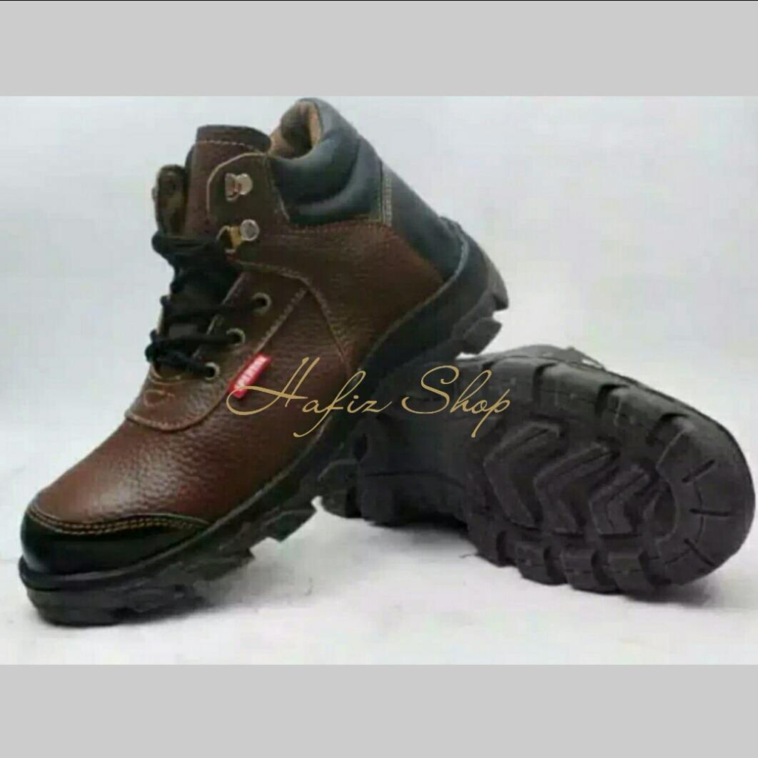 66cc27e1cfe6c7c7c19f5b9ea1d59d04 10 Daftar Harga Sepatu Safety Bahan Kain Teranyar minggu ini