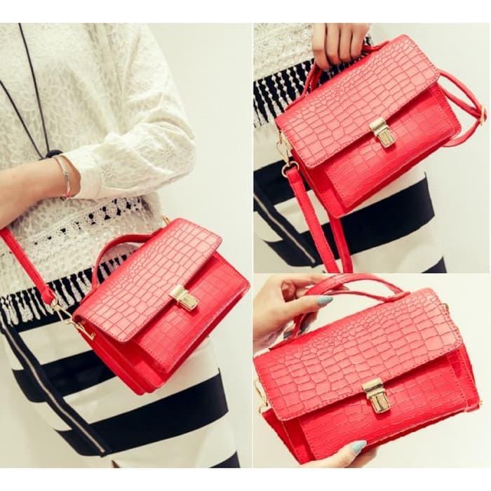 Diskon 10%!! Tas Sling Bag Merah Peach Wanita Like Fossil Chanel Furla Motif Kulit - ready stock