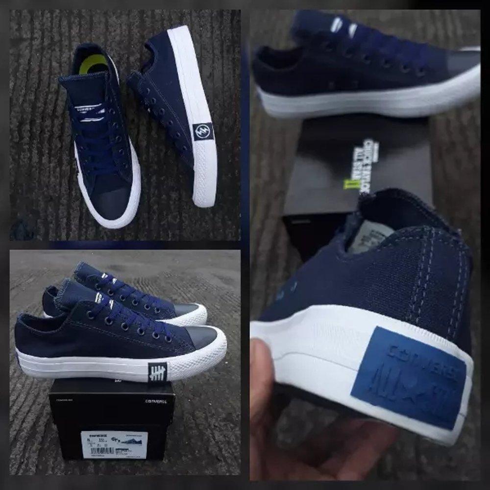 Sepatu Sneakers All Star Undefeated Petir Pria Dan Wanita -