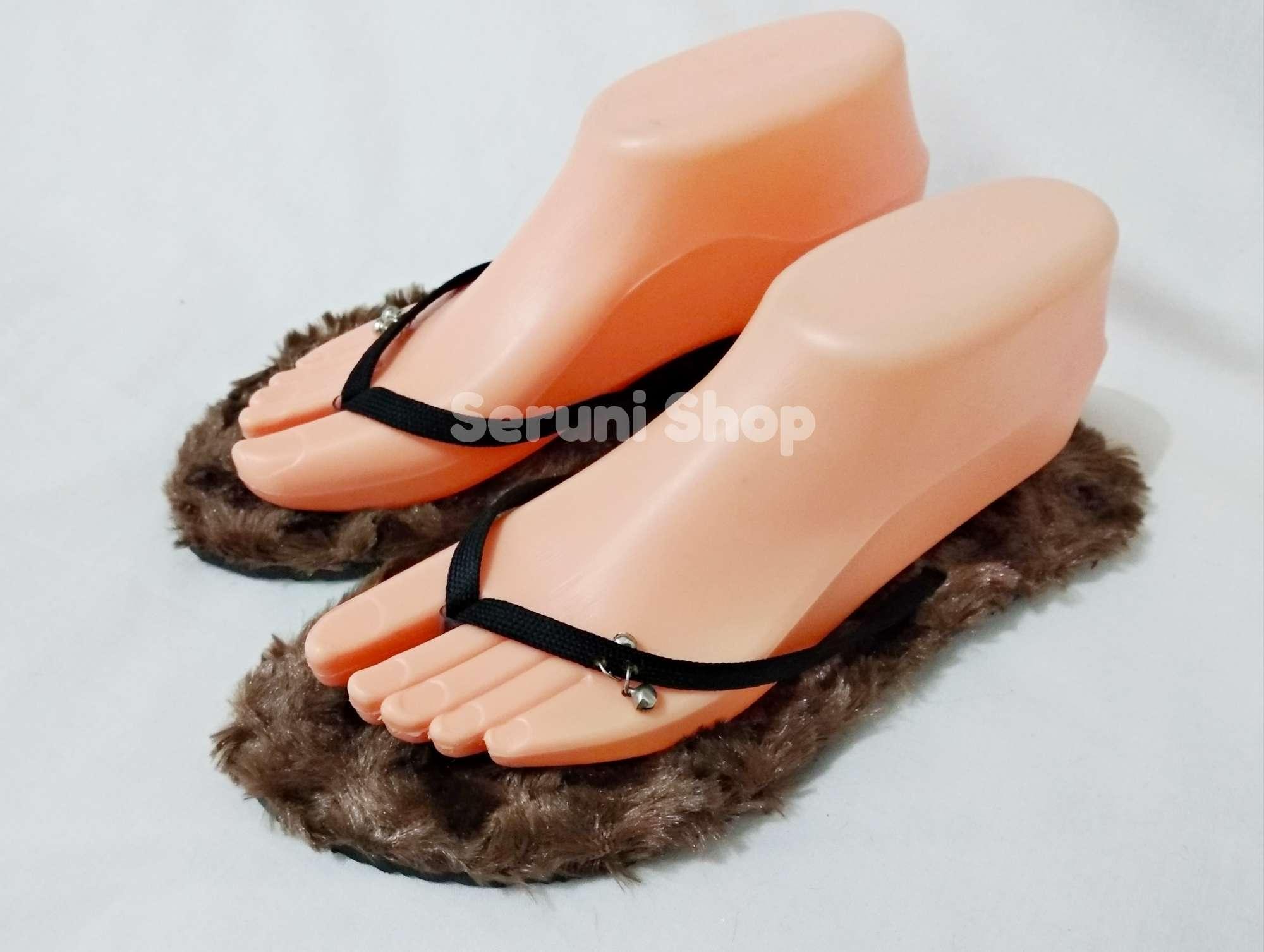 Seruni Flat Sandals Jepit Bulu Cokelat