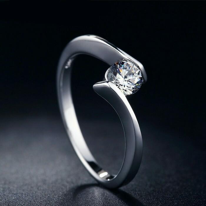 cincin berlian eropa 0,10 ct Emas 75 %incin tunangan/kawin single
