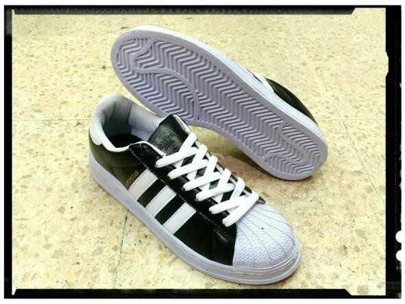 Dompet Kartu sendal sepatu adidas cantik black bhestcollection Diskon