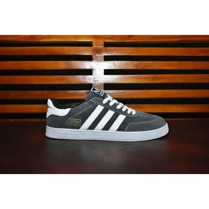 sepatu casual and sport gazele