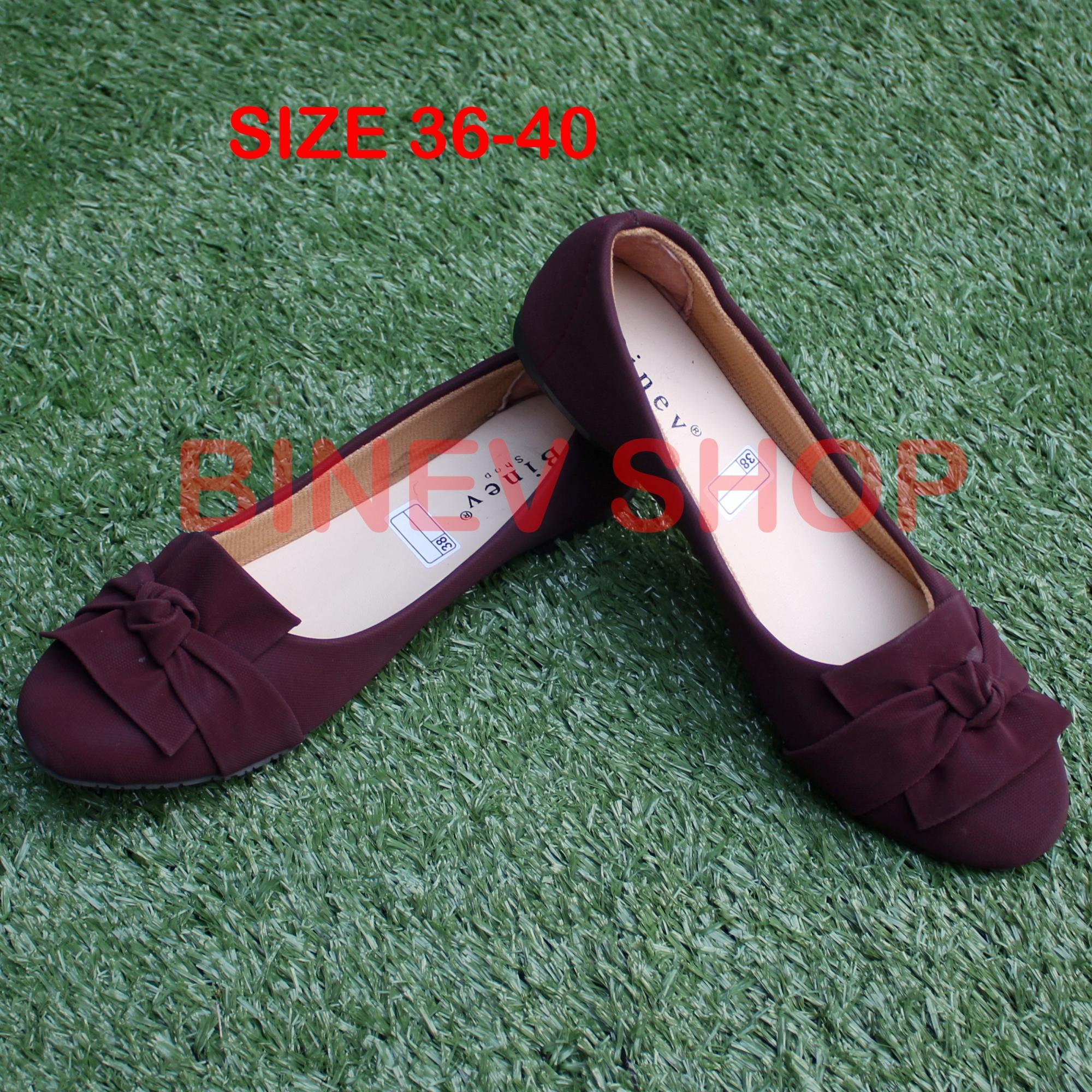 Binev Sepatu Slip On Wanita B-052 PITA BUNGA 02