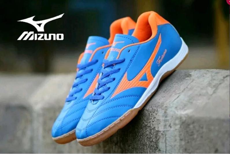 Sepatu Futsal Mizuno biru New Promo