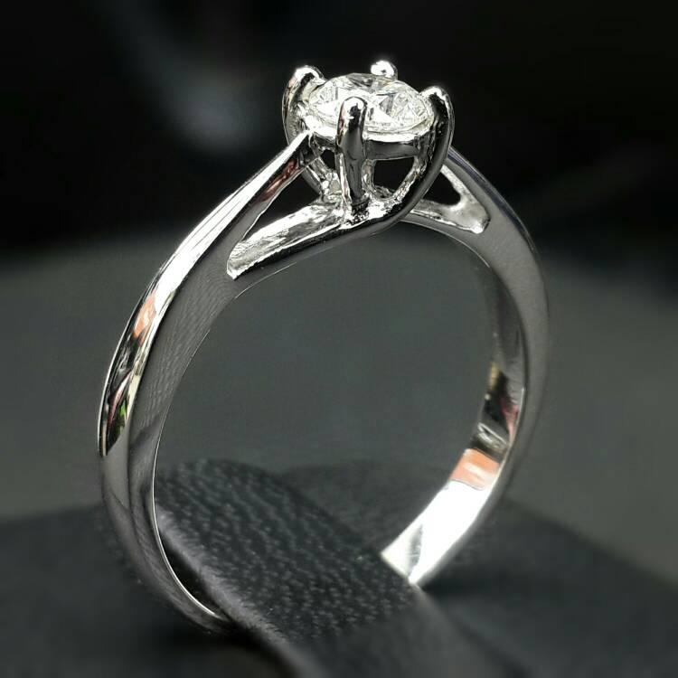 Cincin Berlian Natural Diamond Ring Emas Solitaire