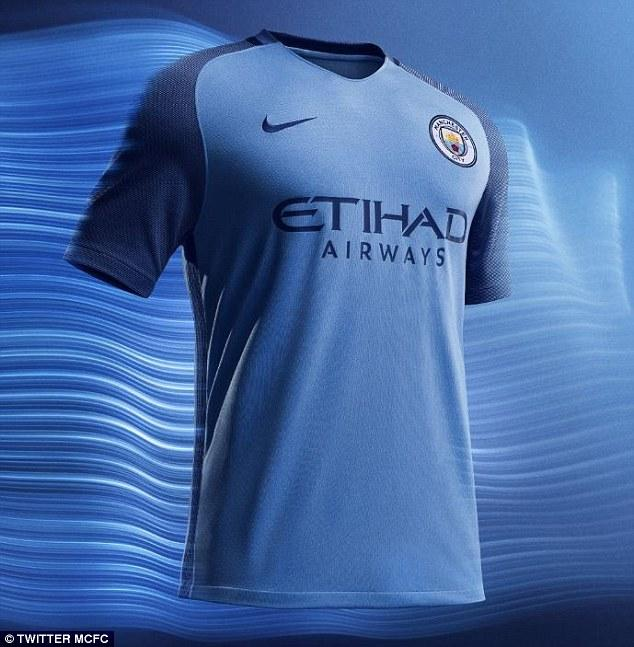 Kiara fashion - Jersey Bola Replica Shirt Jersey Home away third manch city MC Ukuran S M L