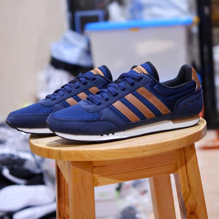 HOT SPESIAL!!! Sepatu ORIGINAL Adidas Neo City Racer navy brown - Navy, 44 - OjWZ6D
