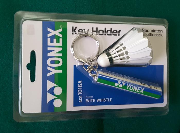 HARGA SPESIAL!!! Gantungan Kunci/Keychain Yonex berbentuk shuttlecock dan peluit unik - TK7cHN