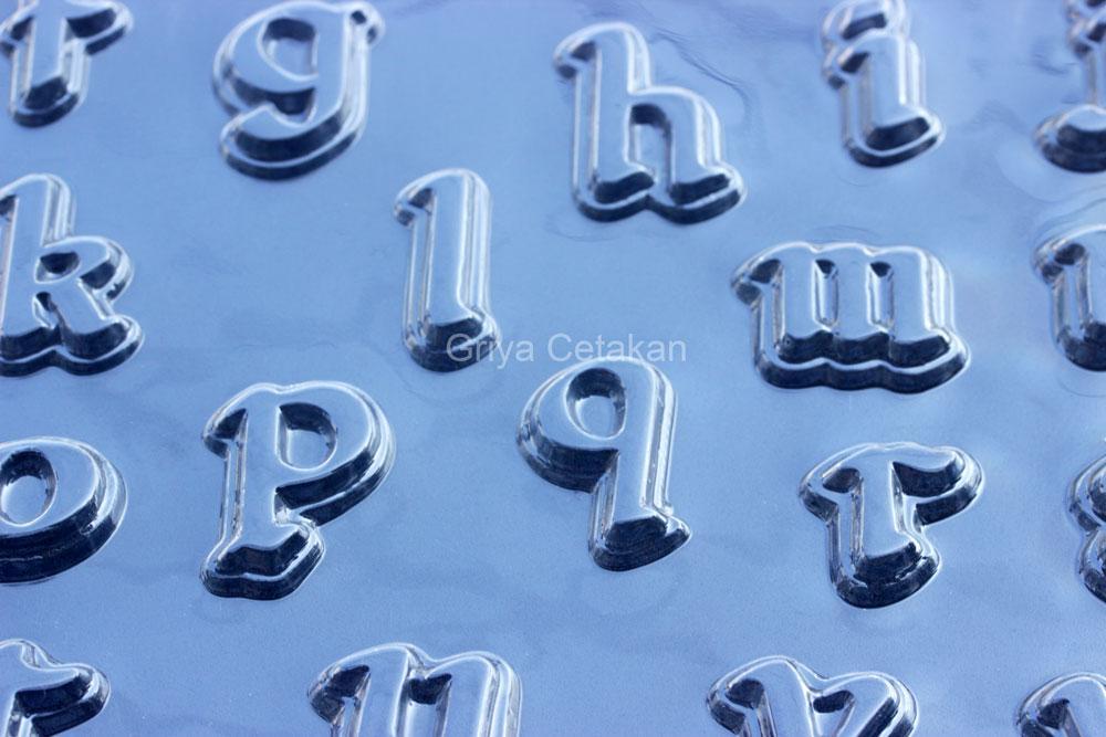 Griya Cetakan Coklat Huruf Latin Plastik