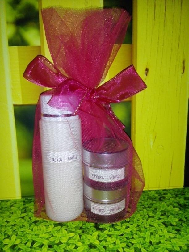murah Paket Cream Glowing Premium 100%/ori/