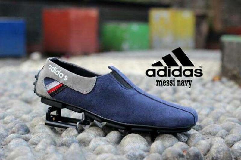 Sepatu Suede Slop Santai Pria Model Kickers Nikke Casual Sendal Addidas. Slip On Flatshoes cowok TERLARIS DI LAZADA