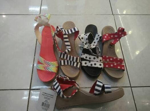 ASLI!!! Crocs Leigh Graphic Wedge ( Grapic Wedges ) - ll8H5q