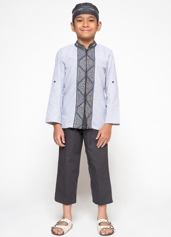 LITTLE M Setelan Baju Koko Filafil Bordir Lengan Panjang -Pastel Grey