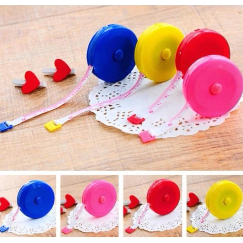 Meteran Putar Gulung Mini 150 cm 1.5m Pengukur Barang Baju Peruta Peralatan Jahit - Random Colour