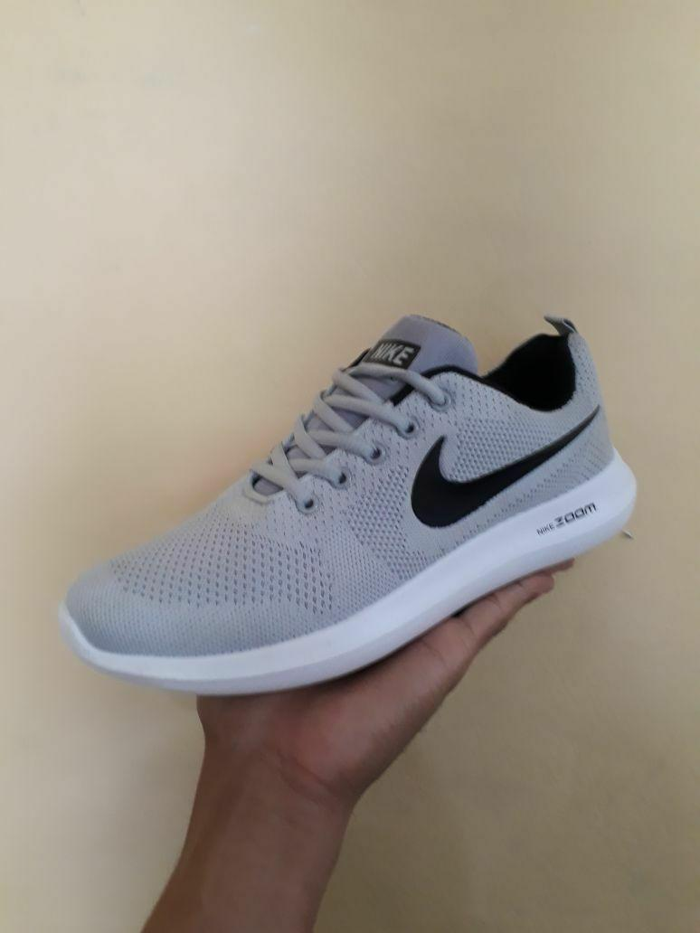 Sepatu Nike Sport Abu