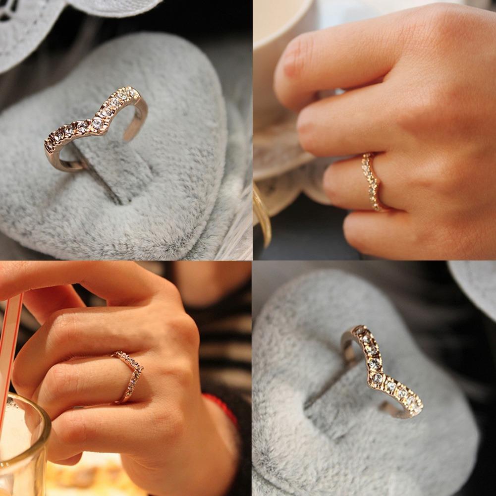 Cincin Tunangan V Shape Lapis Emas Perhiasan Imitasi Gold & Silver