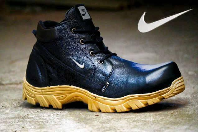 Sepatu Boots Safety Gaya Pria Kasual KUlit Asli Terbaru Vans Converse Pantofel Caterpillar Kerja Kantoran Pormal Hitam