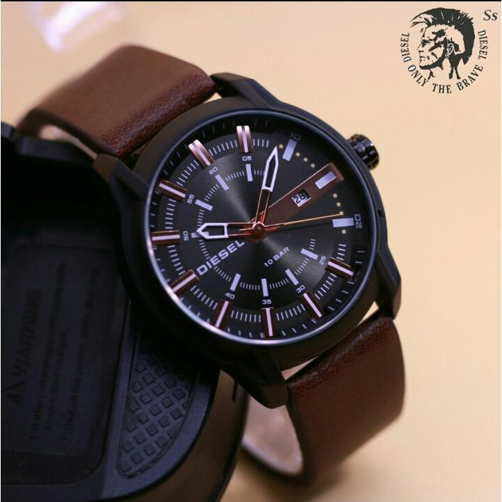 Jam Tangan Fashion Diesel Tanggal Aktif Leather Strap