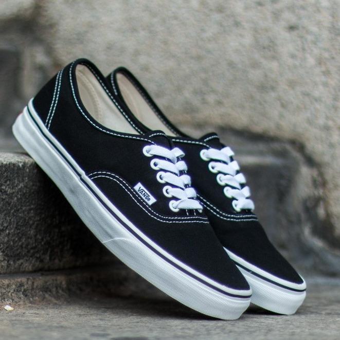 Jakarta Sneakers - Sepatu Vens Authentic Canvas Unisex Skateboard