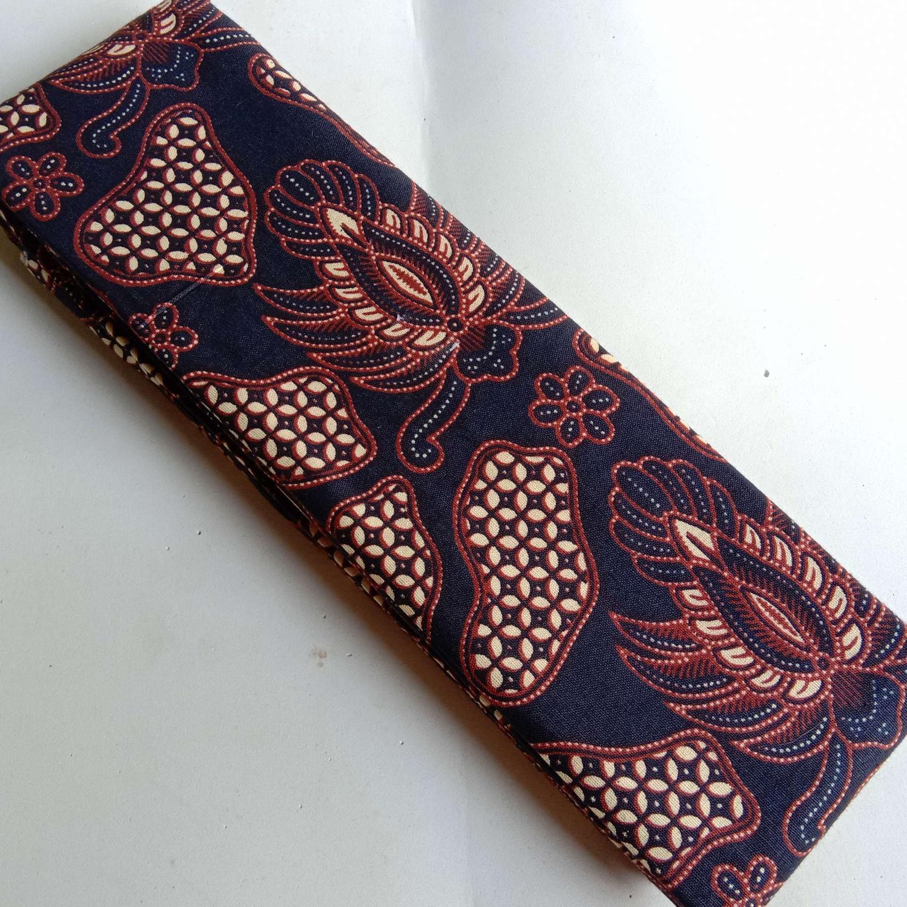 Kain Batik Printing Set Embos 9 Sogan Dasar Hitam B1