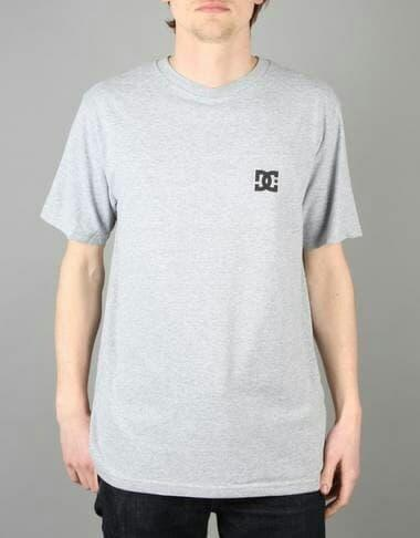 DISKON TERLARIS KAOS T-SHIRT DISTRO LOGO DC SHOES USA TERMURAH
