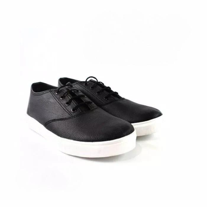Sepatu Sneaker / Kets / Sekolah Warna Hitam / Putih Kekinian