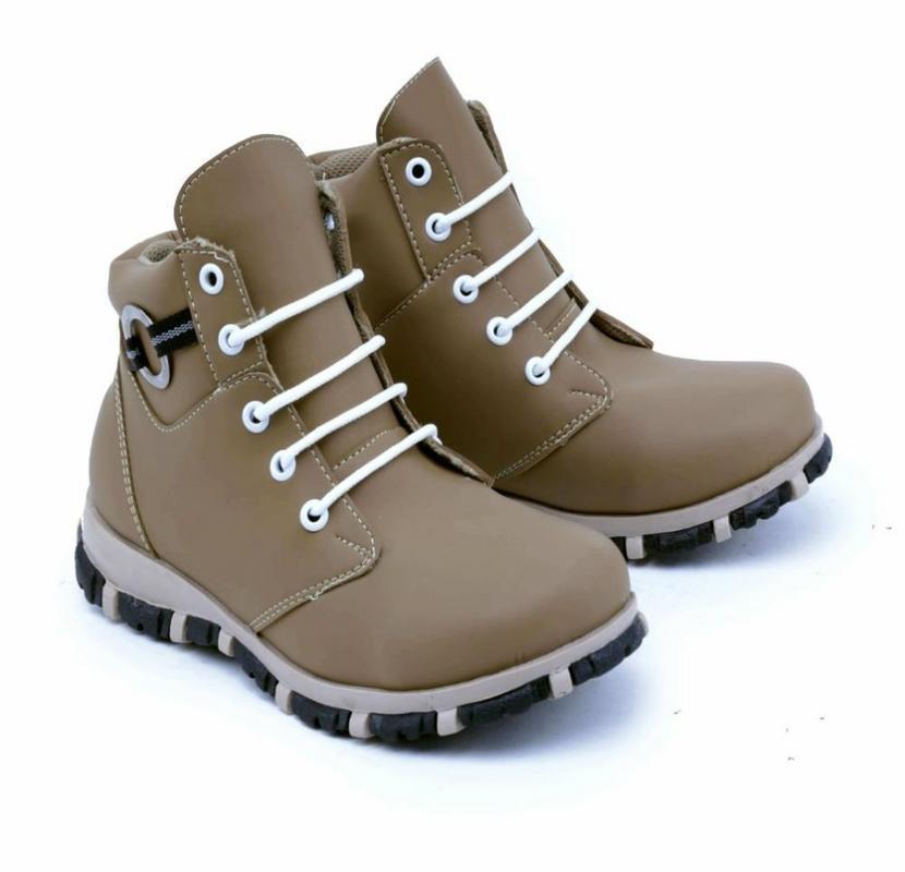 Garsel Shoes Sepatu Boots Anak Laki-Laki Tan - GMU 9531