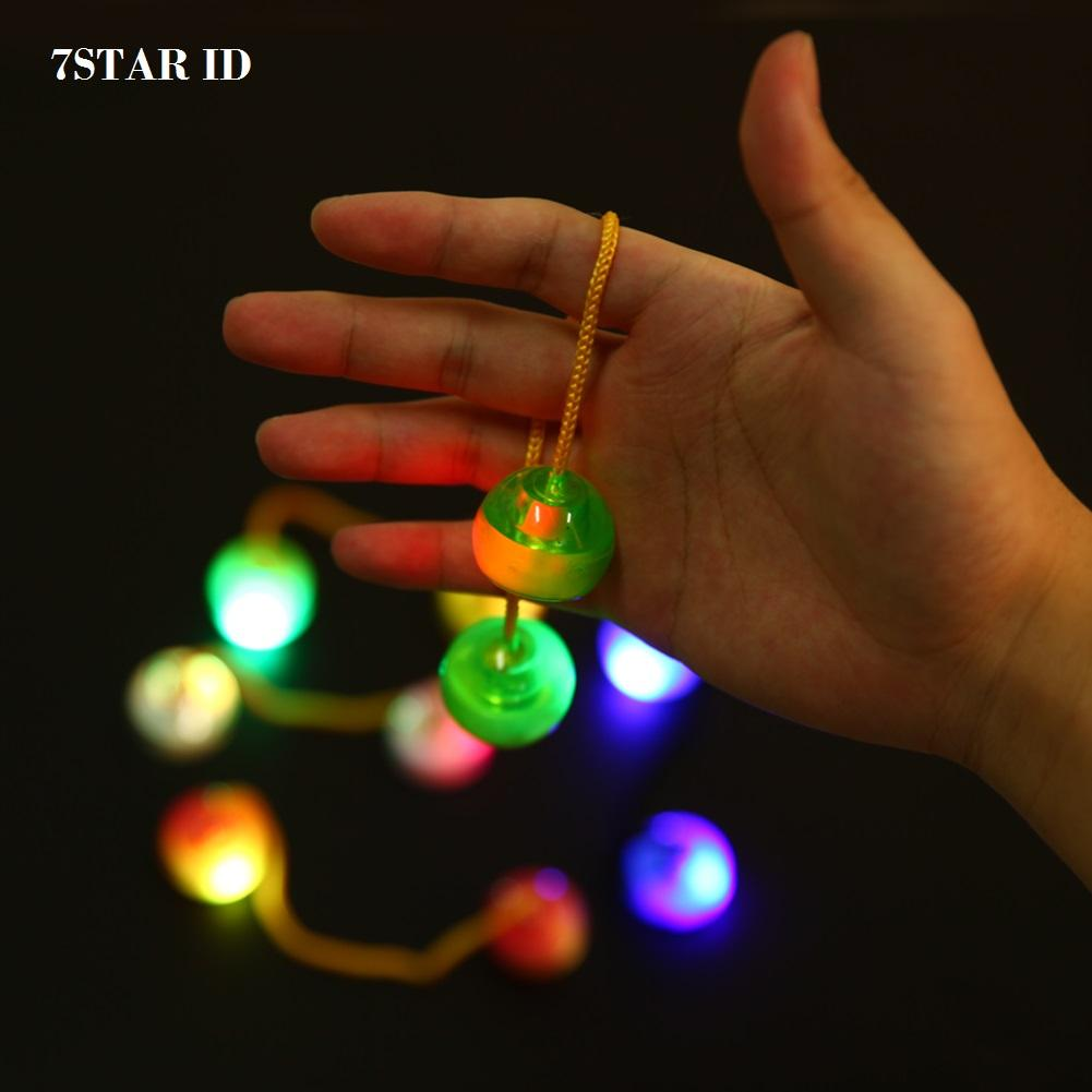 Fidget Spinner LED 7STAR Lampu Finger Yoyo THumb Chuks Glow In The Dark Finger Skill - Random Color