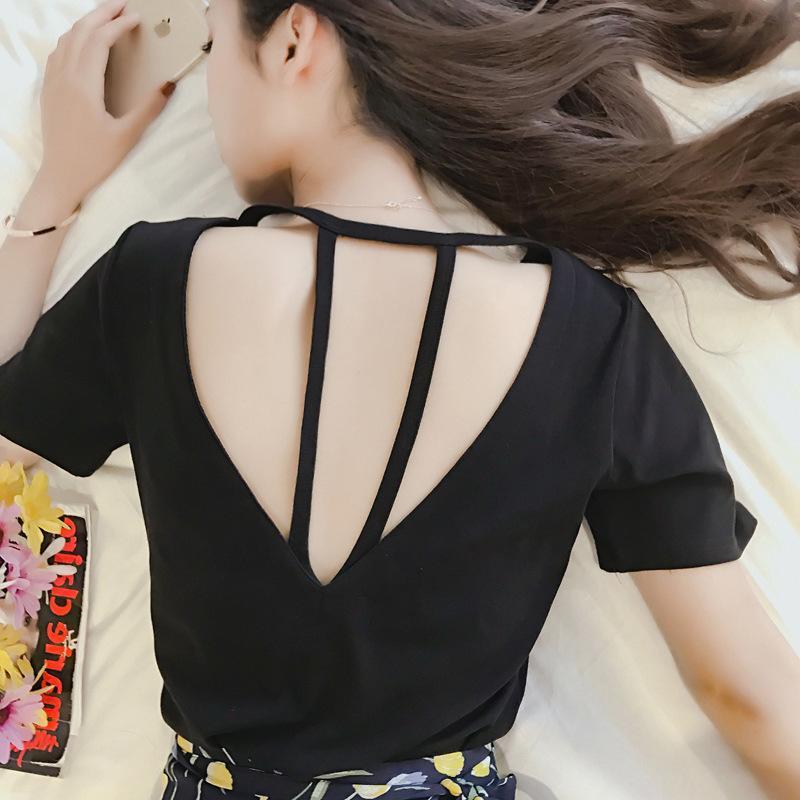 2018 pakaian musim panas model baru Gaya Korea All-match Modis hitam seksi punggung belakang berongga baju kaos wanita membentuk tubuh lengan pendek kaus