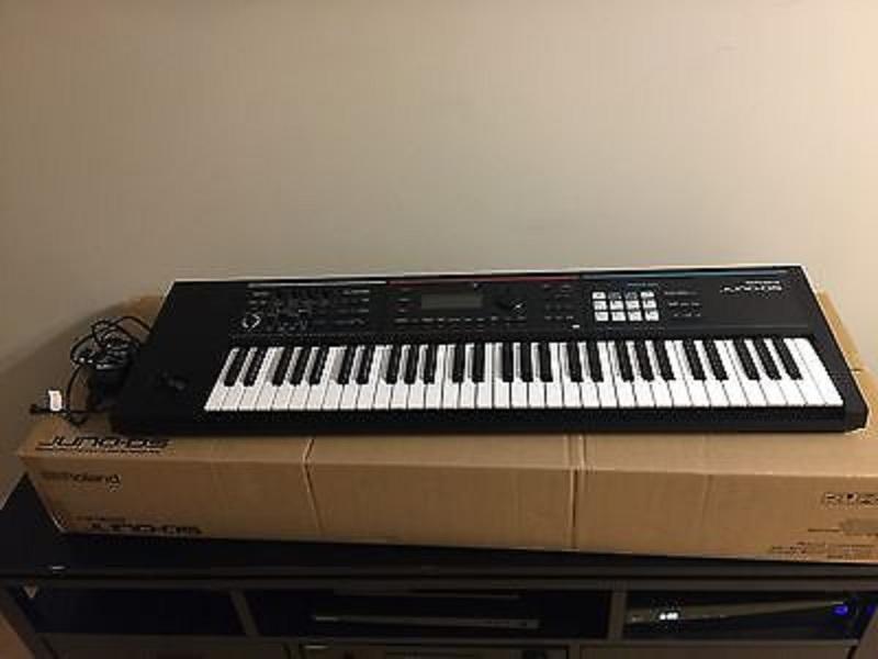 Roland JUNO DS61, 61 Key Synthesizer