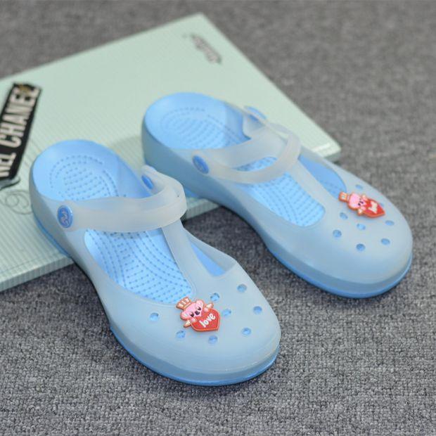 Musim panas model baru anak-anak Berubah Warna sepatu berlubang anak prempuan besar sandal anak