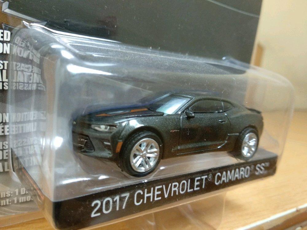 Chevrolet Camaro 2017 Anniversary Edition Greenlight  # Favorit Toys favorit_toys