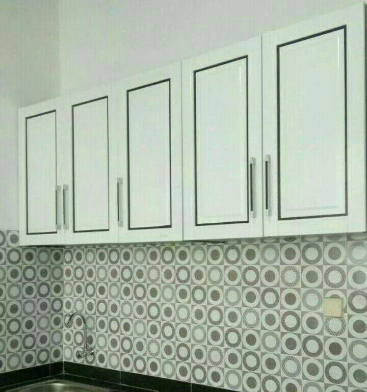 Lemari gantung dapur / Kitchen Set 5 Pintu Minimalis