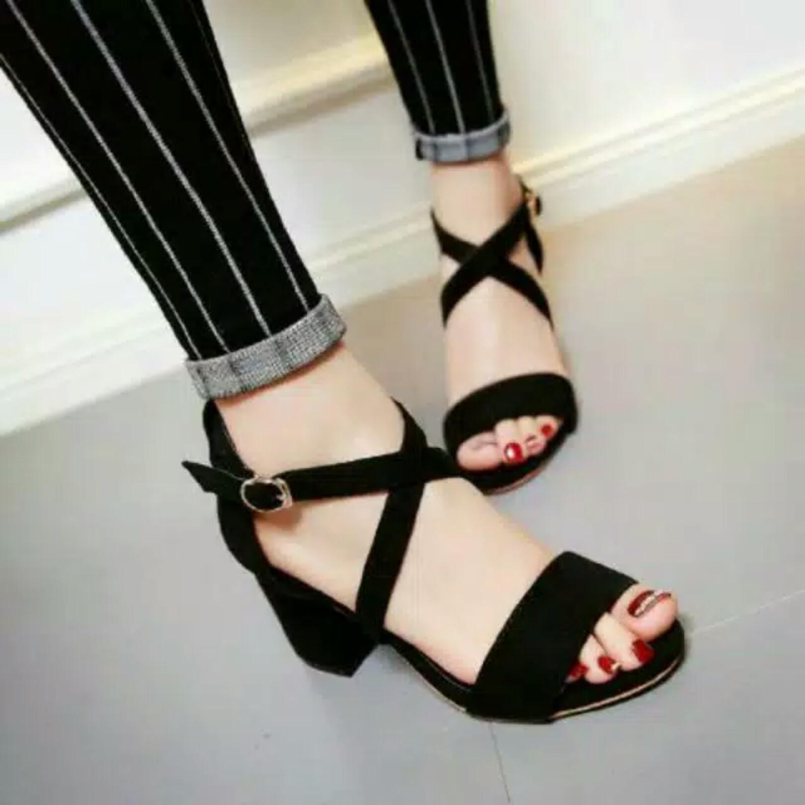 Dshoppers Shoes - Aliva Cross Strap Heel