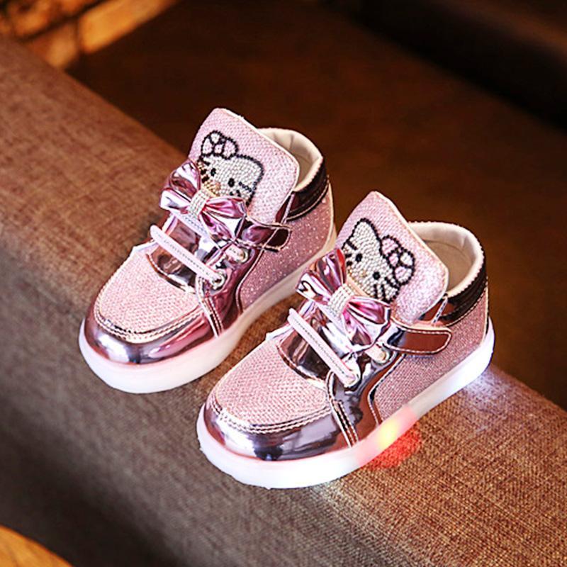 Sepatu Anak Perempuan Pijakan Empuk Anti Selip Sepatu Belajar Jalan Hello  Kitty Anak-anak 747d3a4e5b